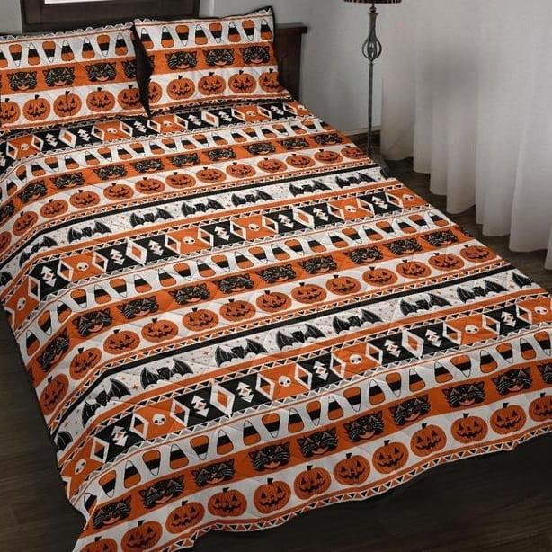 20 Cozy But Spooky Halloween Bedroom Decoration Ideas 3