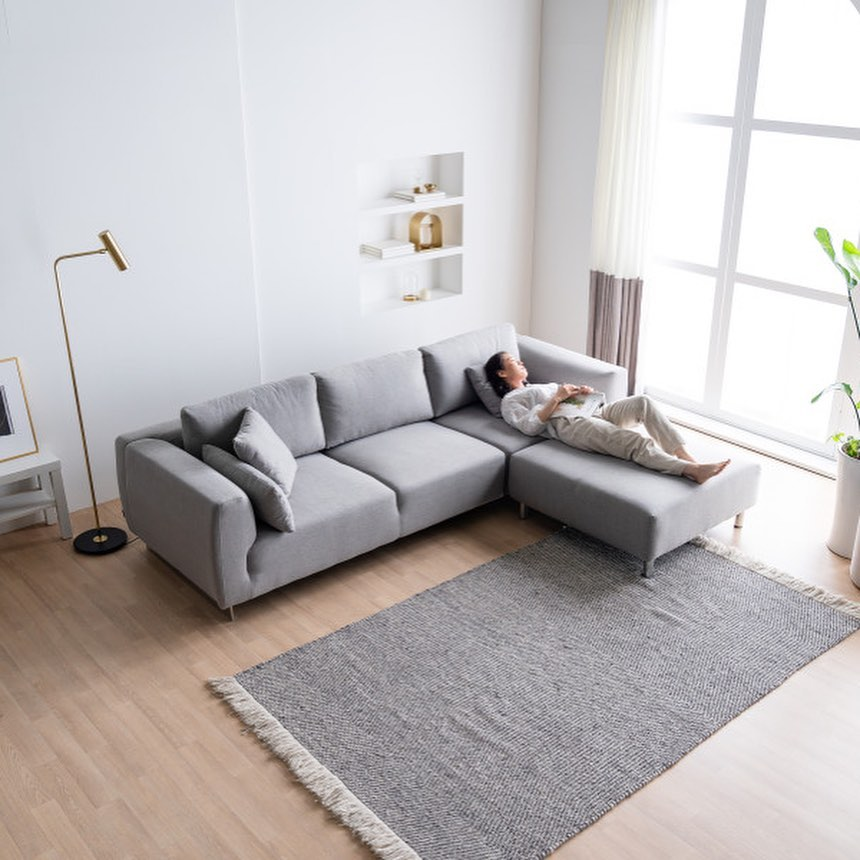20 Modern Sofa Design For Your Living Room 11