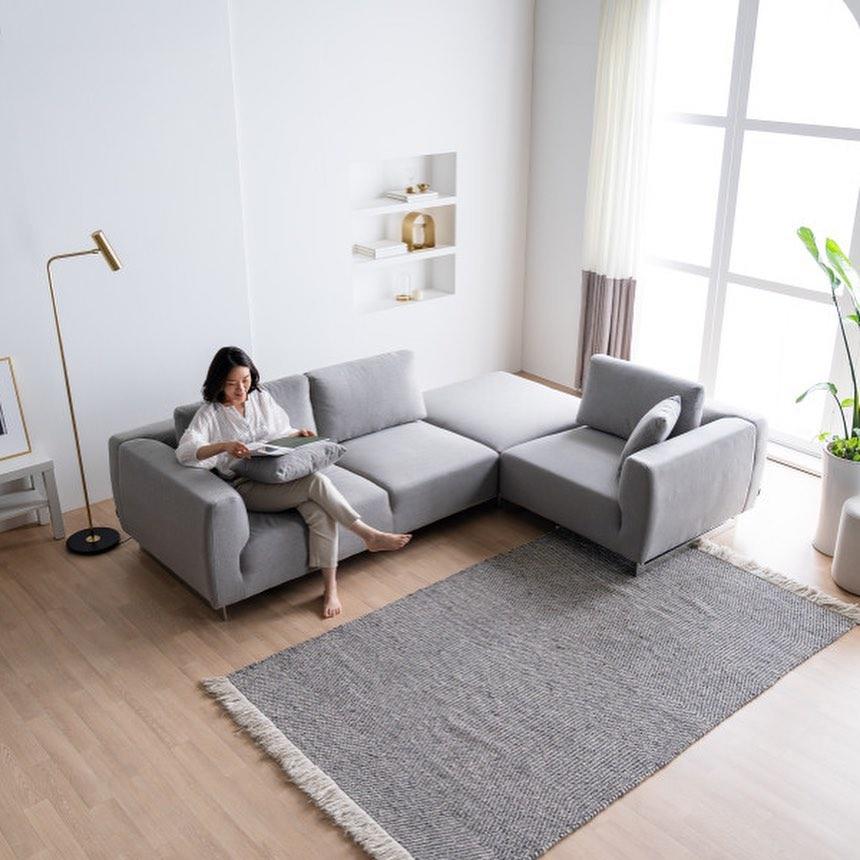 20 Modern Sofa Design For Your Living Room 12