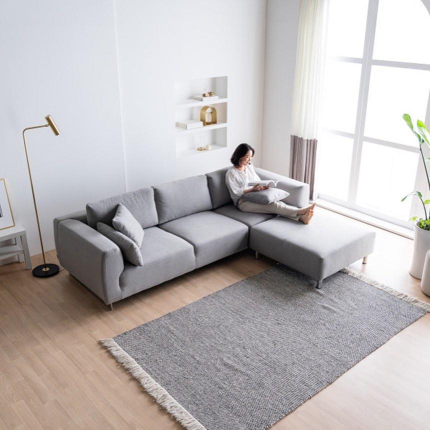 20 Modern Sofa Design For Your Living Room 18