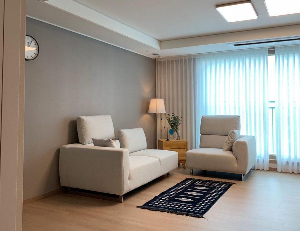 20 Modern Sofa Design For Your Living Room 19