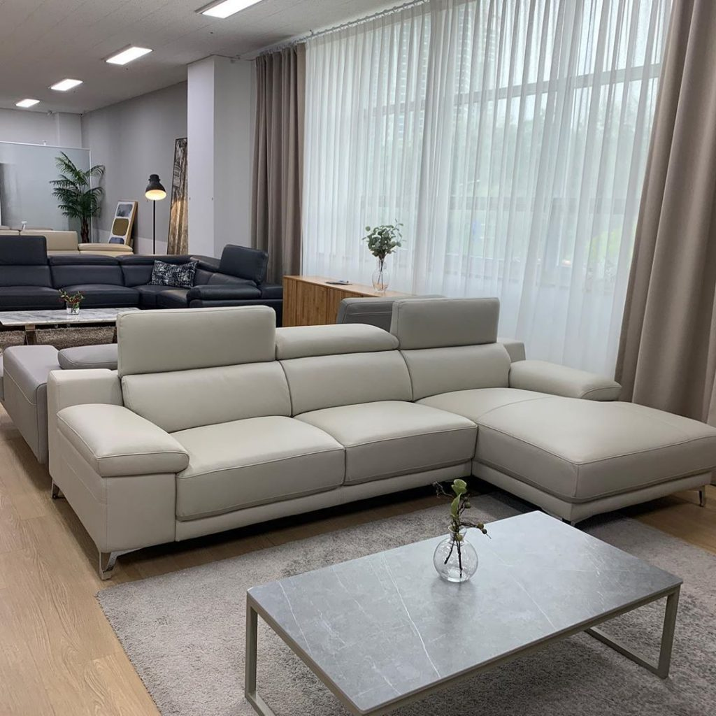 20 Modern Sofa Design For Your Living Room 6