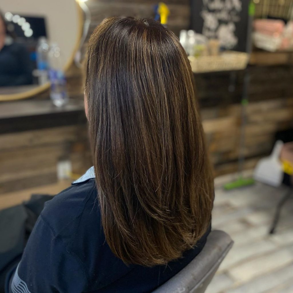 Try This Adorable Brown Hair With Highlights Ideas To Change Your Look 12