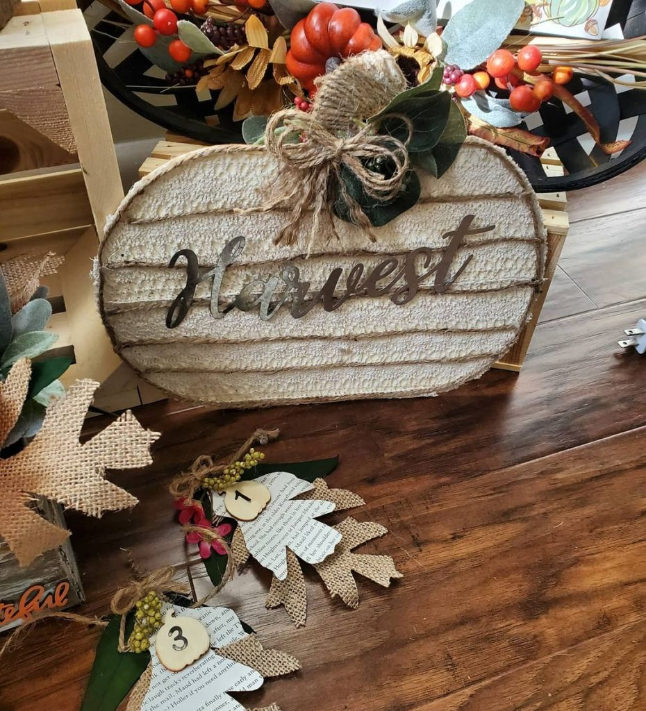 100 Adorable DIY Fall Home Decoration Ideas On A Budget 23