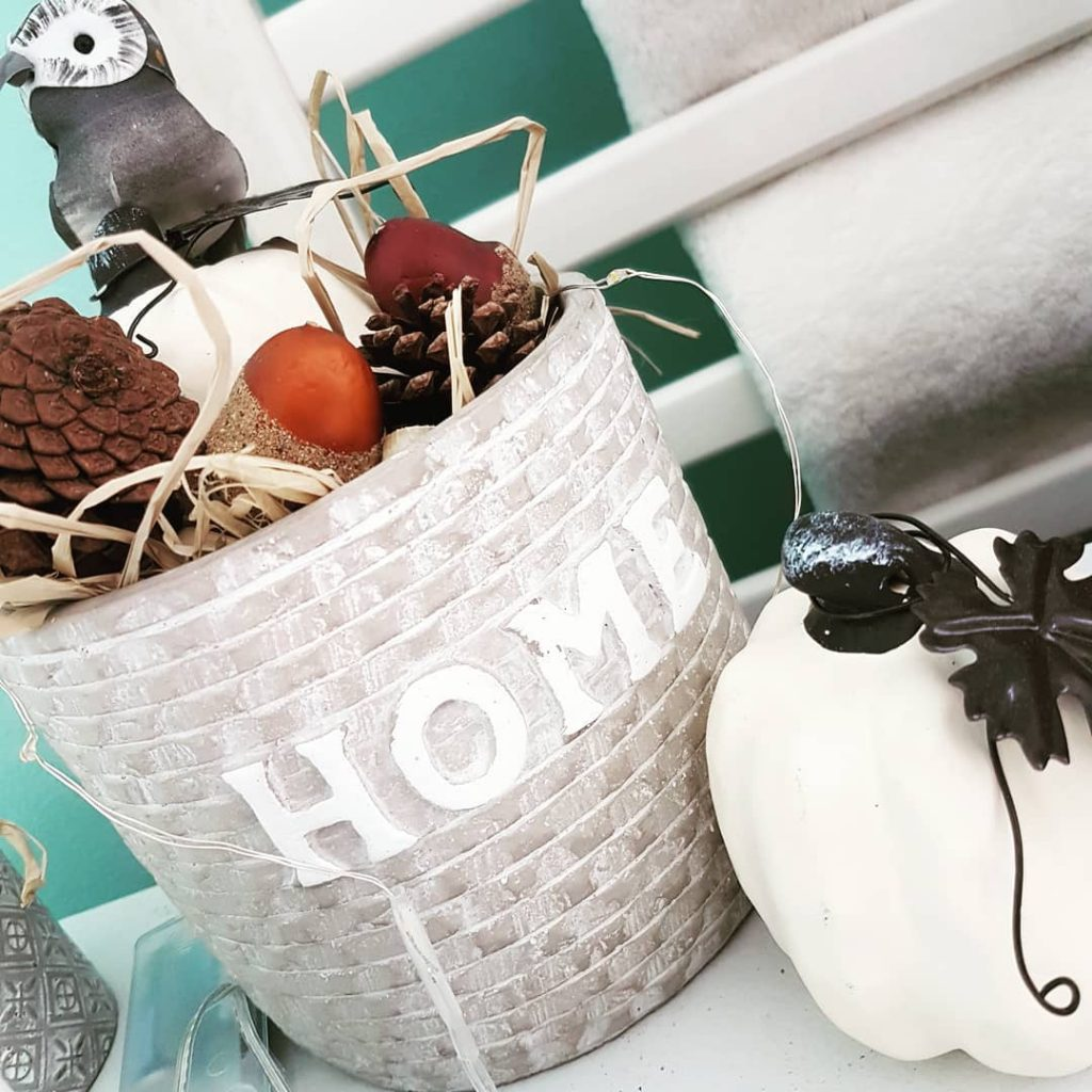 100 Adorable DIY Fall Home Decoration Ideas On A Budget 27