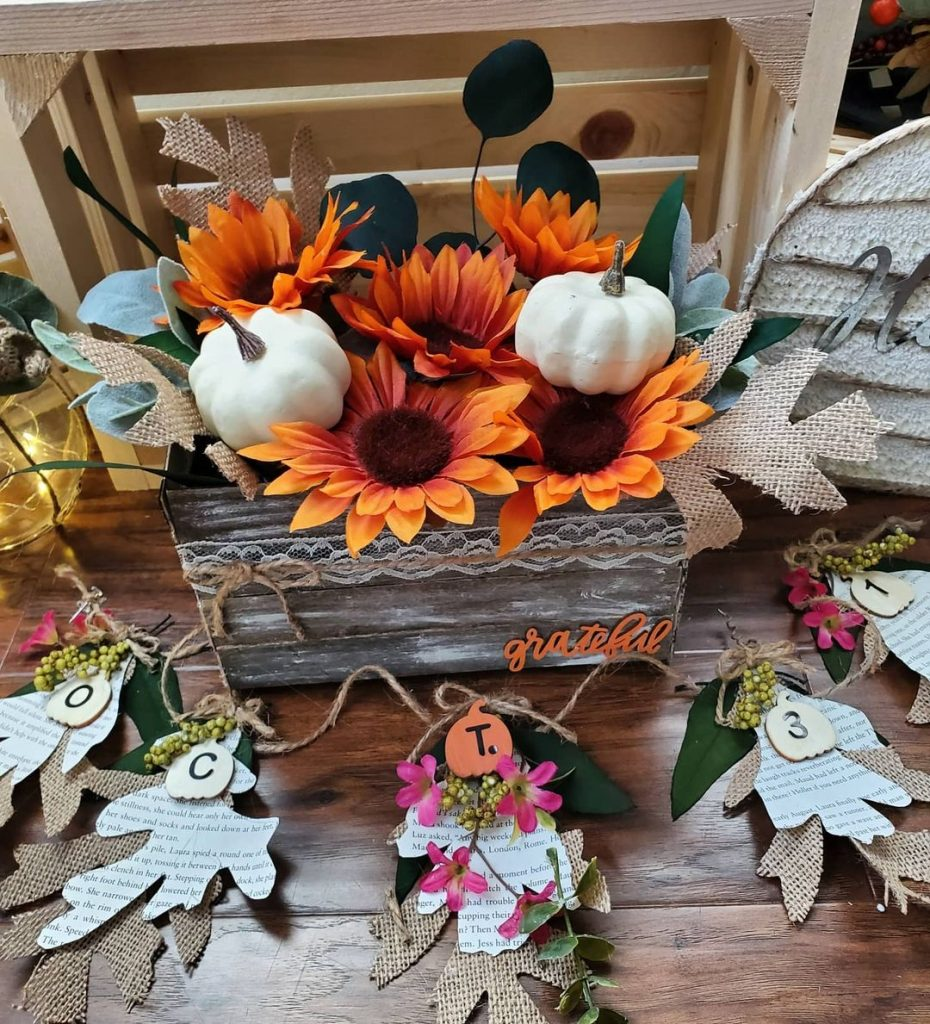 100 Adorable DIY Fall Home Decoration Ideas On A Budget 36