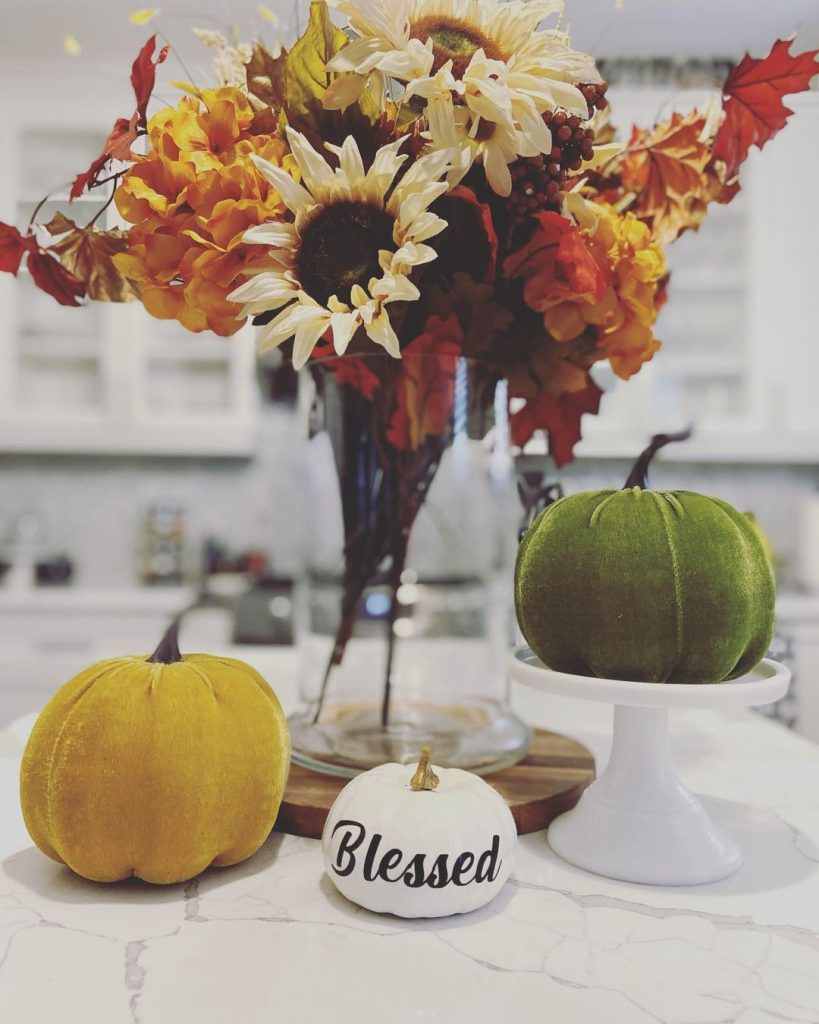 100 Adorable DIY Fall Home Decoration Ideas On A Budget 9