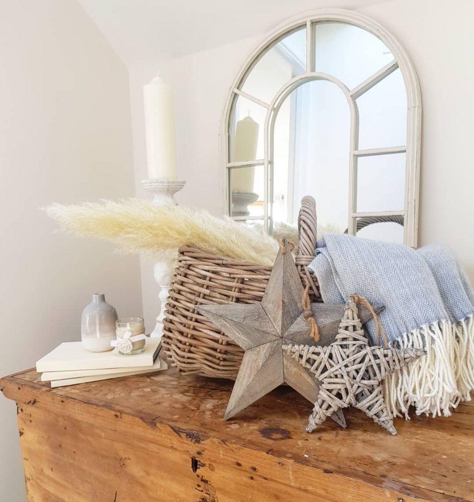 100 Amazing Rustic Farmhouse Design Interior Ideas Suitable For Fall Season 11