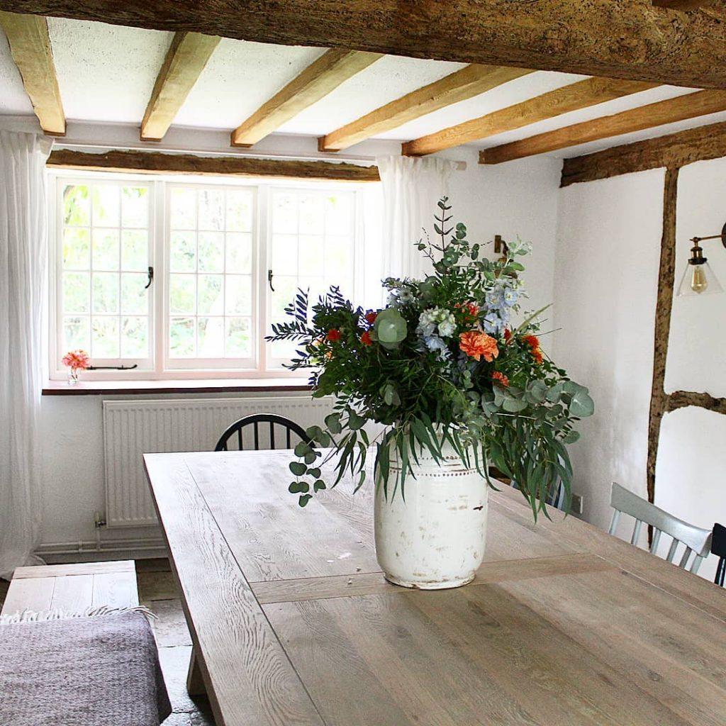 100 Amazing Rustic Farmhouse Design Interior Ideas Suitable For Fall Season 15