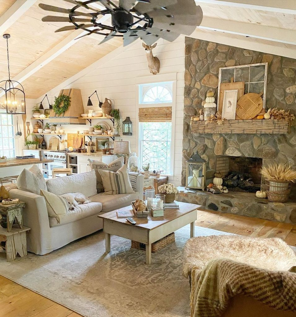 100 Amazing Rustic Farmhouse Design Interior Ideas Suitable For Fall Season 28