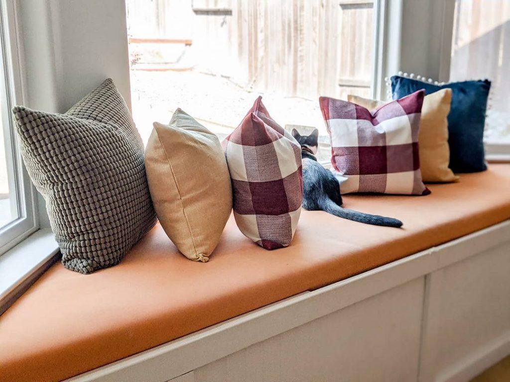 100 Amazing Rustic Farmhouse Design Interior Ideas Suitable For Fall Season 48
