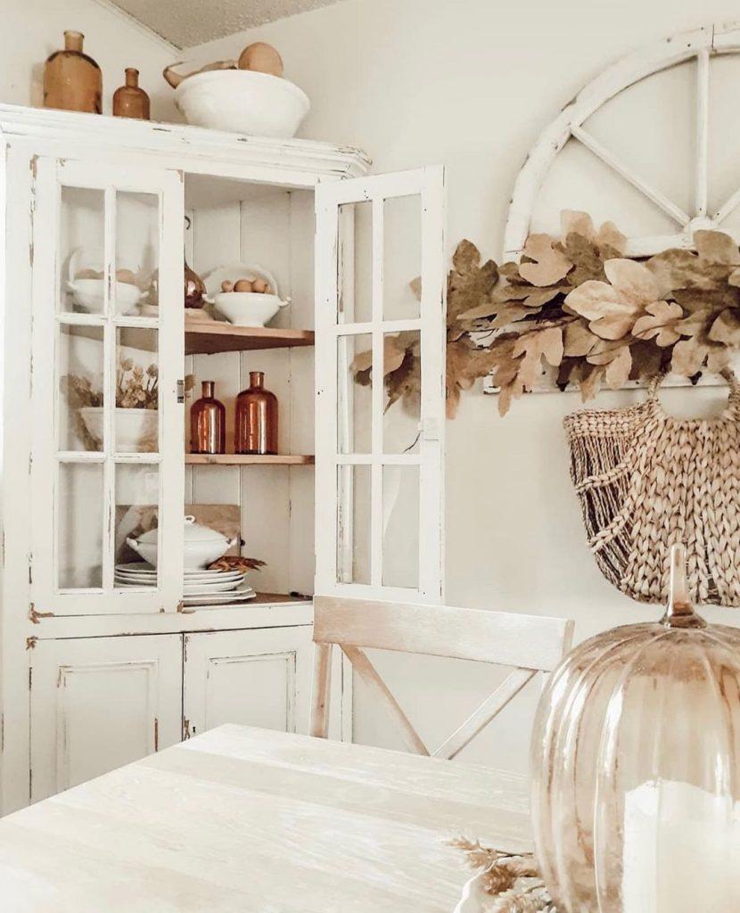 100 Amazing Rustic Farmhouse Design Interior Ideas Suitable For Fall Season 50