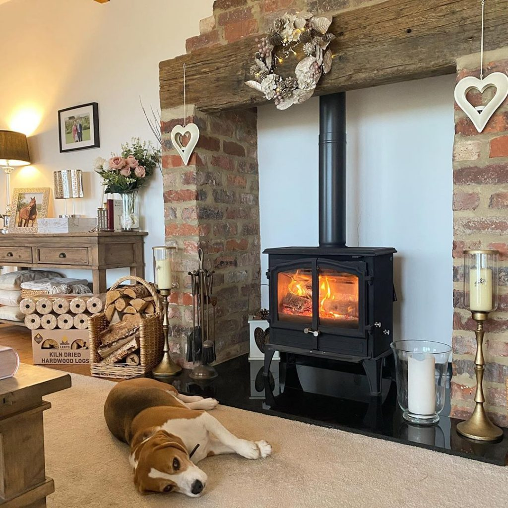 100 Amazing Rustic Farmhouse Design Interior Ideas Suitable For Fall Season 54