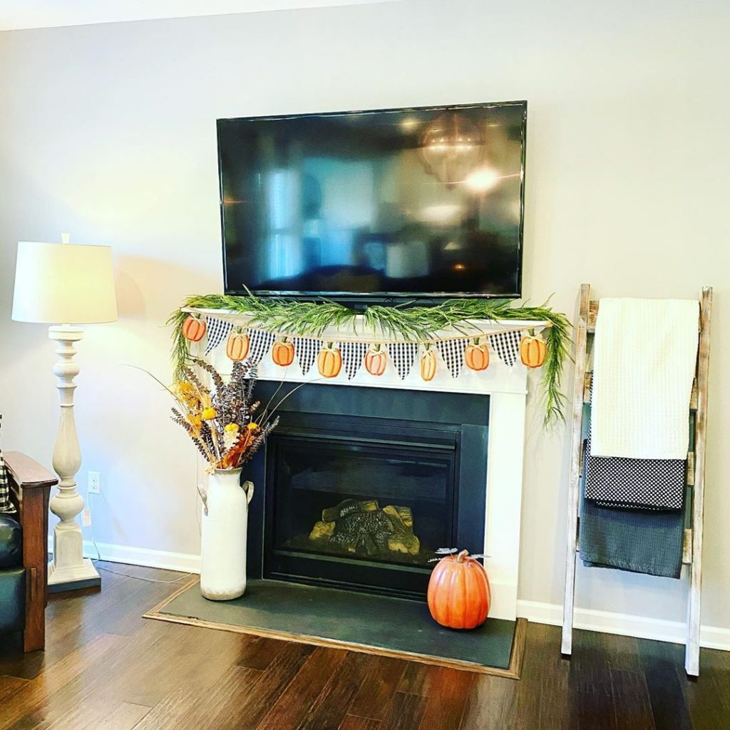 100 Amazing Rustic Farmhouse Design Interior Ideas Suitable For Fall Season 55