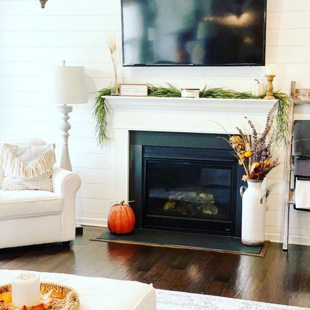 100 Amazing Rustic Farmhouse Design Interior Ideas Suitable For Fall Season 57