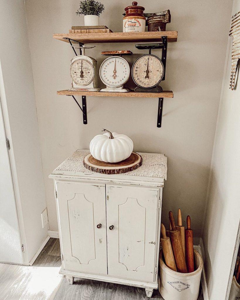 100 Amazing Rustic Farmhouse Design Interior Ideas Suitable For Fall Season 69