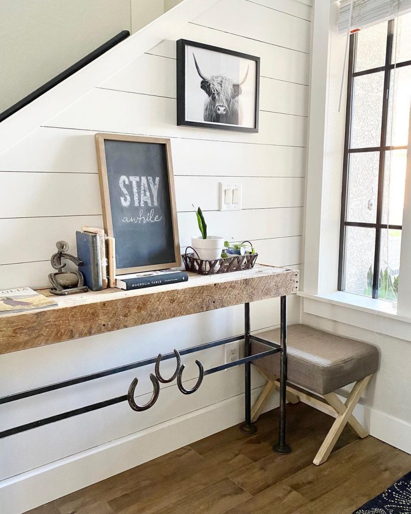 100 Amazing Rustic Farmhouse Design Interior Ideas Suitable For Fall Season 80