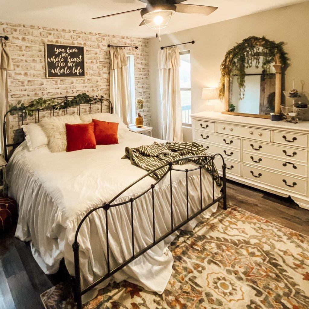 100 Amazing Rustic Farmhouse Design Interior Ideas Suitable For Fall Season 91