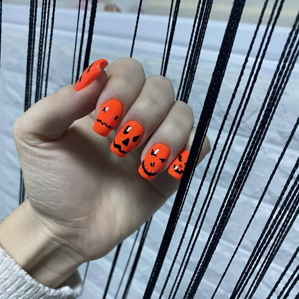 100 Easy Halloween Nails Art Ideas For Your Inspirations 52