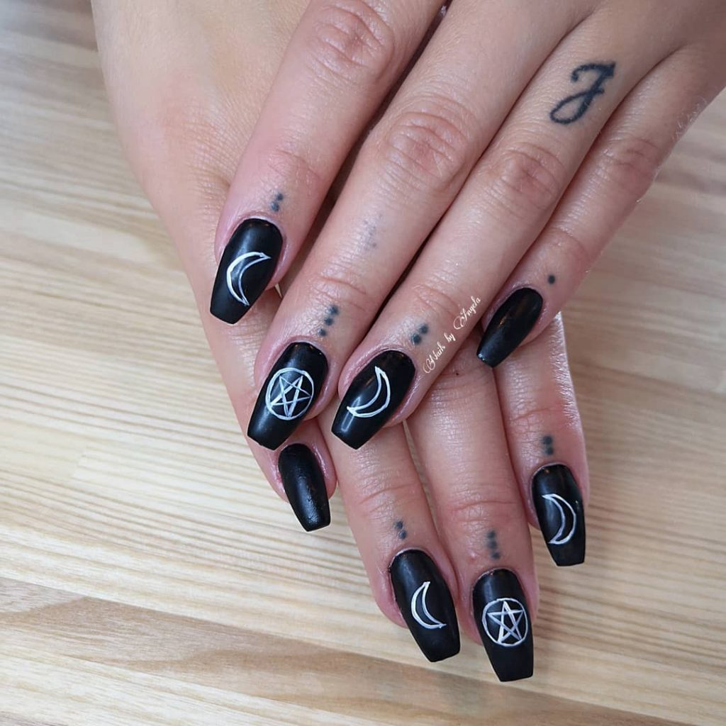 100 Easy Halloween Nails Art Ideas For Your Inspirations 89