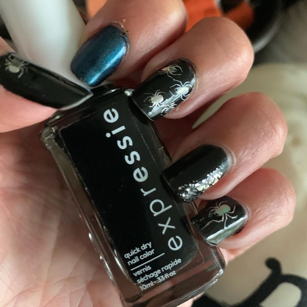 100 Easy Halloween Nails Art Ideas For Your Inspirations 99