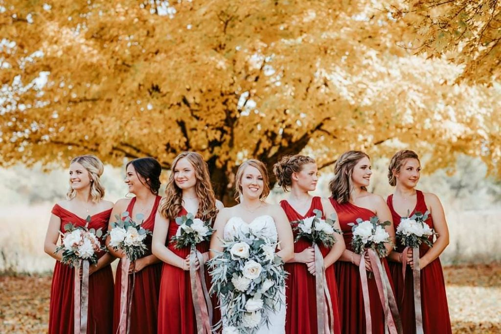 20 Adorable Fall Wedding Photography Ideas For Your Memorable Moments 1