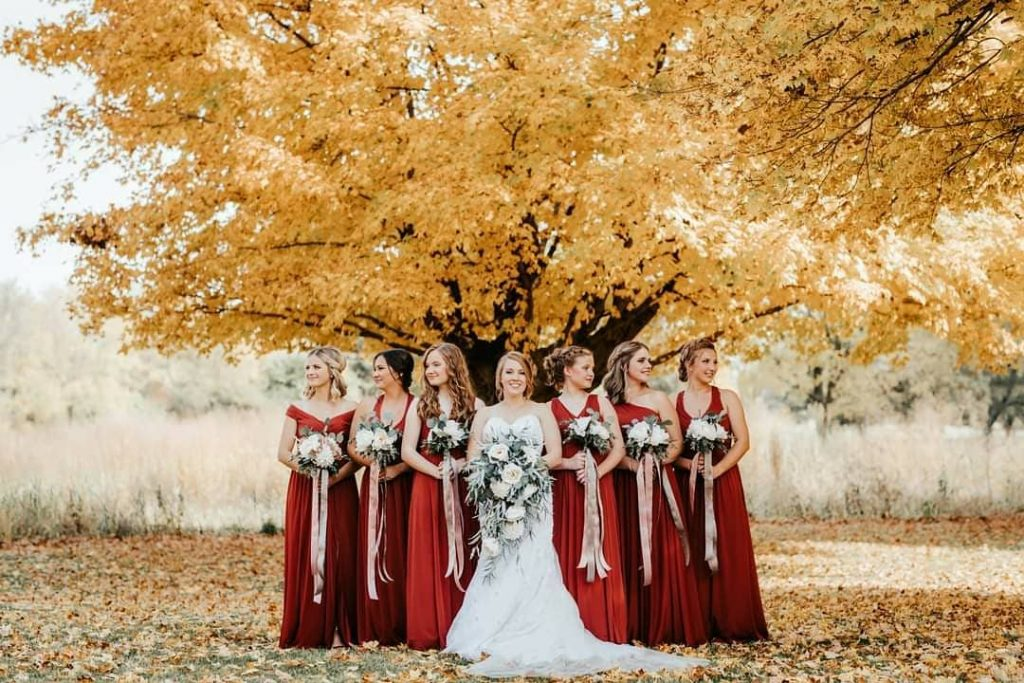 20 Adorable Fall Wedding Photography Ideas For Your Memorable Moments 4