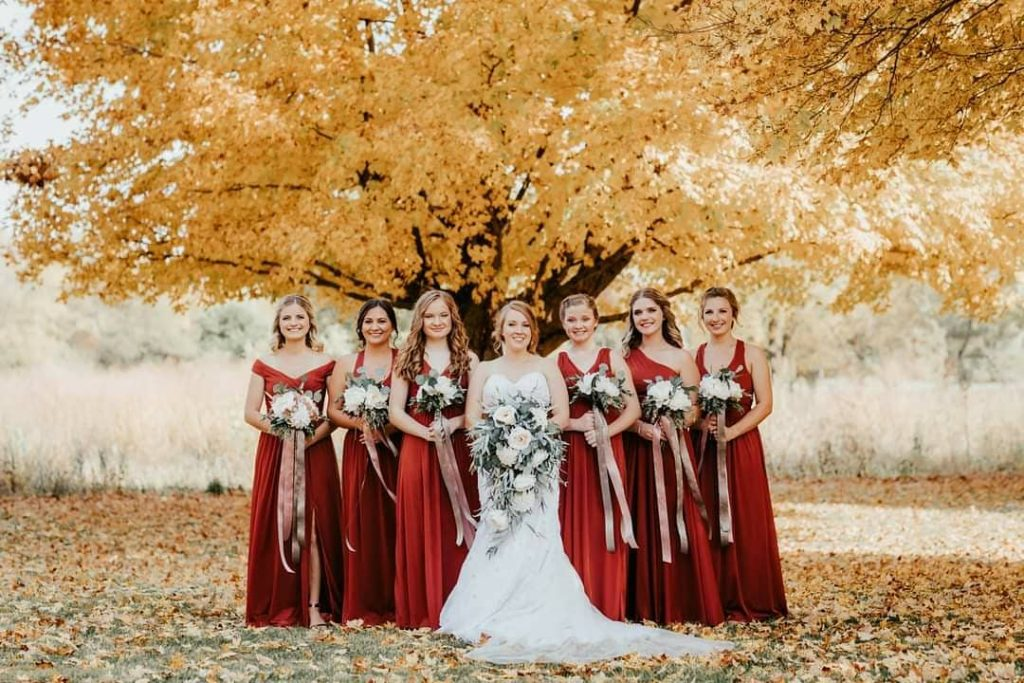 20 Adorable Fall Wedding Photography Ideas For Your Memorable Moments 5