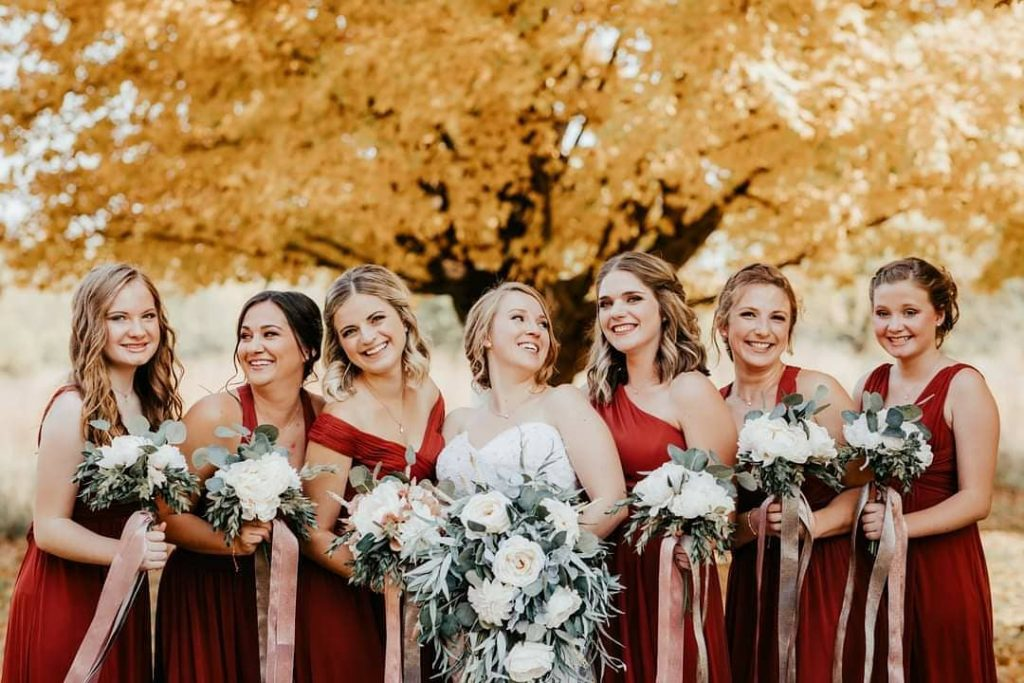 20 Adorable Fall Wedding Photography Ideas For Your Memorable Moments 7