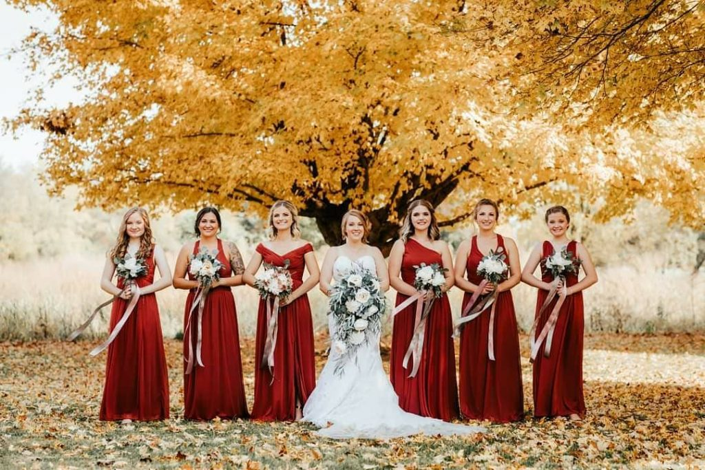 20 Adorable Fall Wedding Photography Ideas For Your Memorable Moments 9