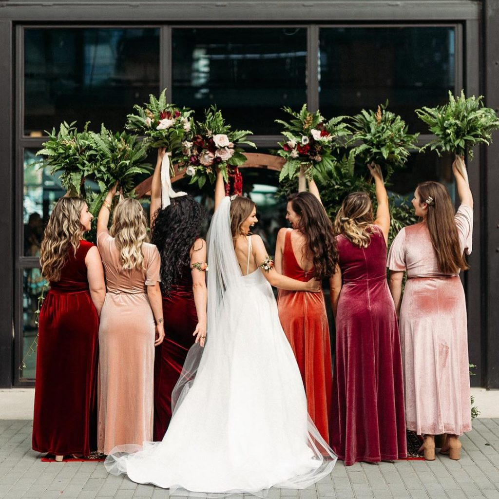 20 Cute Fall Wedding Photography Ideas For Your Memorable Moments 1