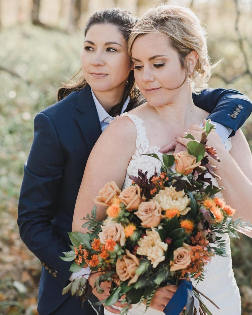 20 Sweet Fall Wedding Photography Ideas For Your Memorable Moments 4