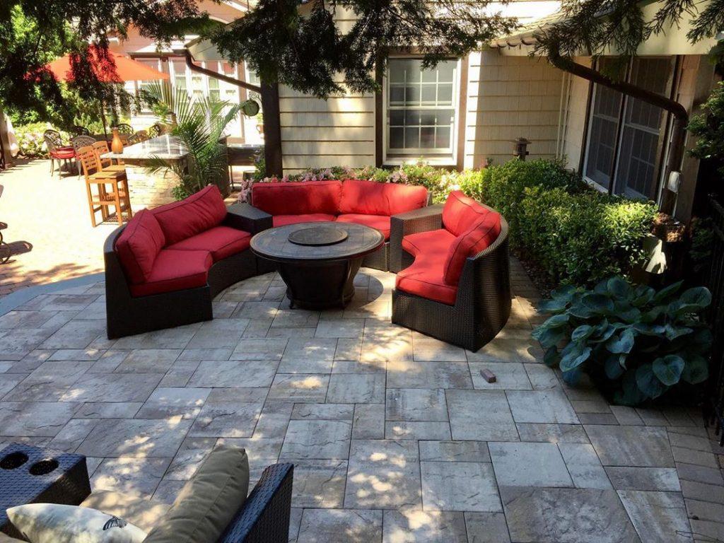 50 Beautiful Backyard Patio Design Ideas To Enjoy The Great Outdoors 22