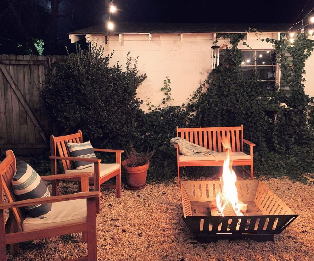 50 Beautiful Backyard Patio Design Ideas To Enjoy The Great Outdoors 28