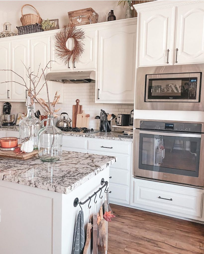60 Timeless And Classics Country Farmhouse Kitchen Design Ideas 42