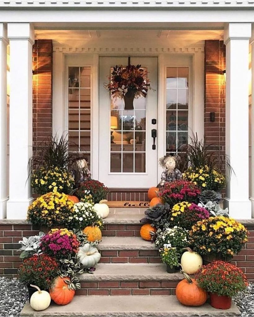80+ Creative Fall Decoration Ideas With Pumpkins You Will Totally Love (23)