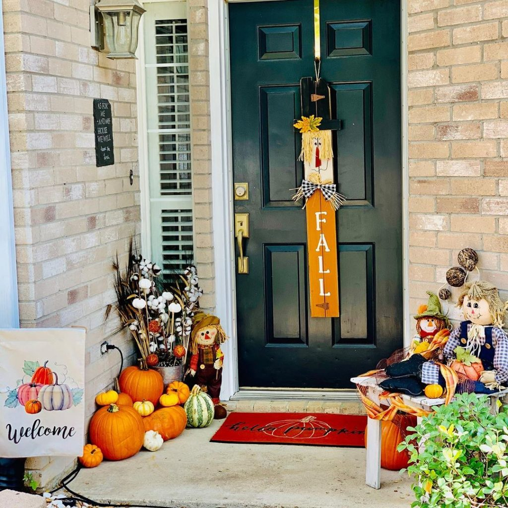 80+ Creative Fall Decoration Ideas With Pumpkins You Will Totally Love (27)
