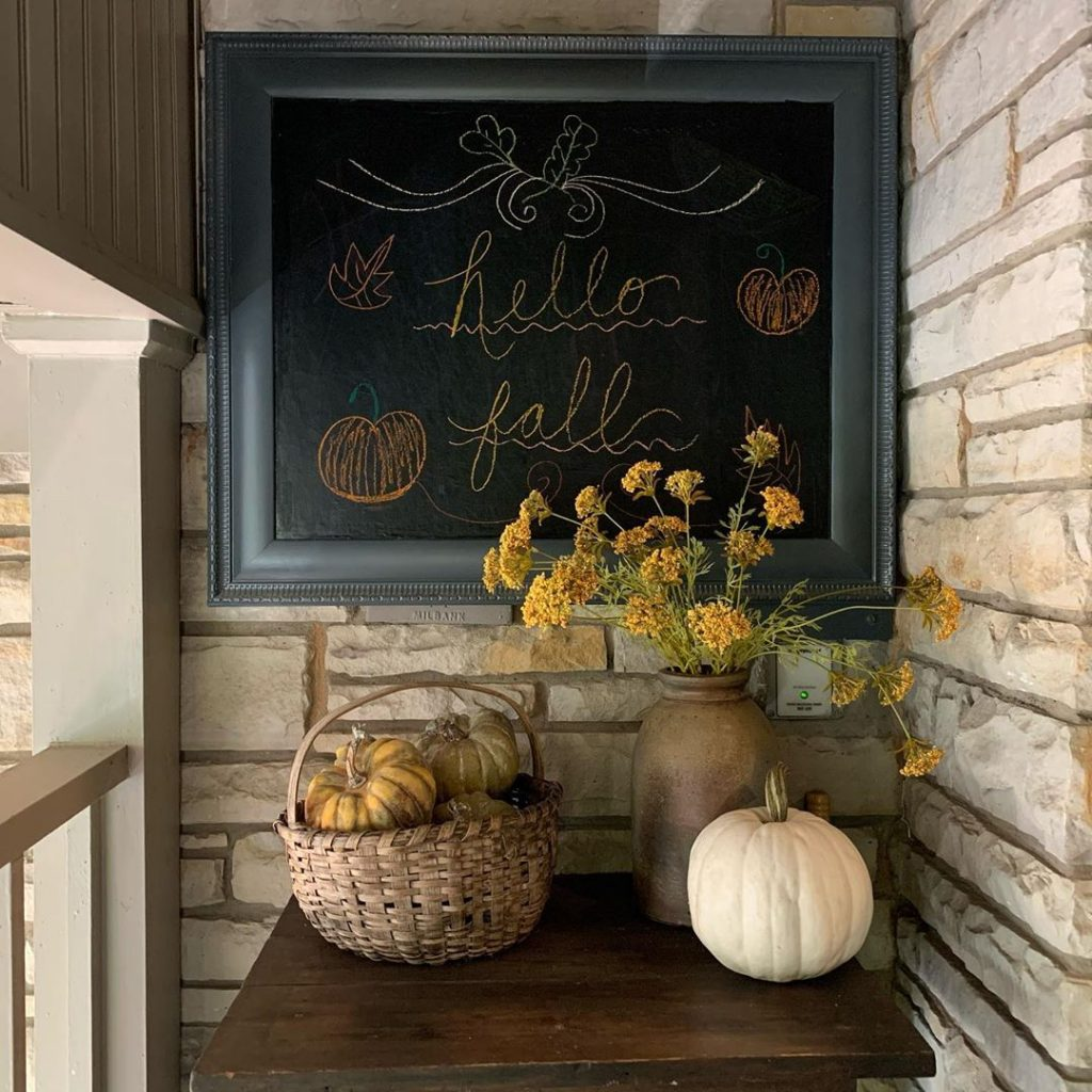 80+ Creative Fall Decoration Ideas With Pumpkins You Will Totally Love (32)