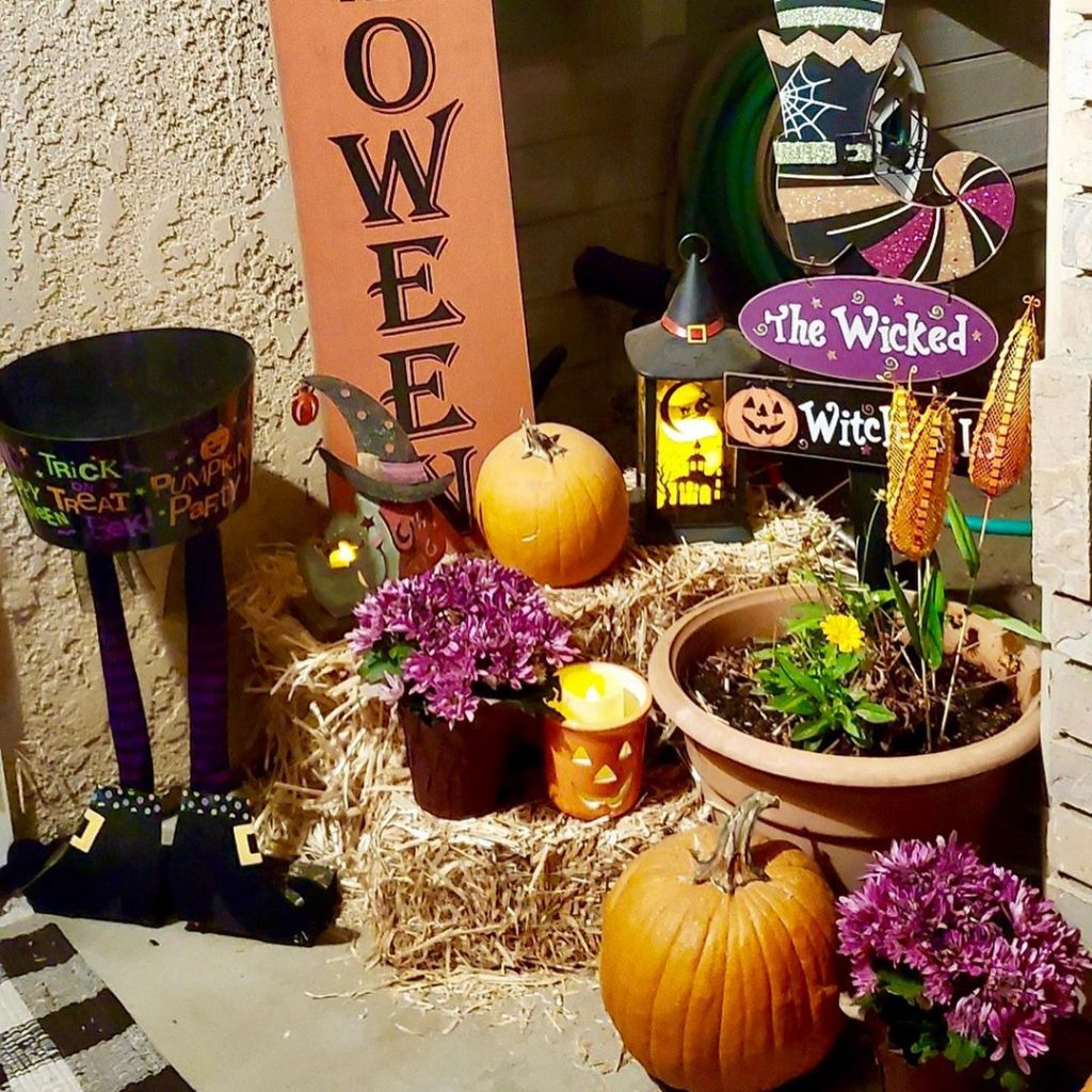 80+ Creative Fall Decoration Ideas With Pumpkins You Will Totally Love (39)
