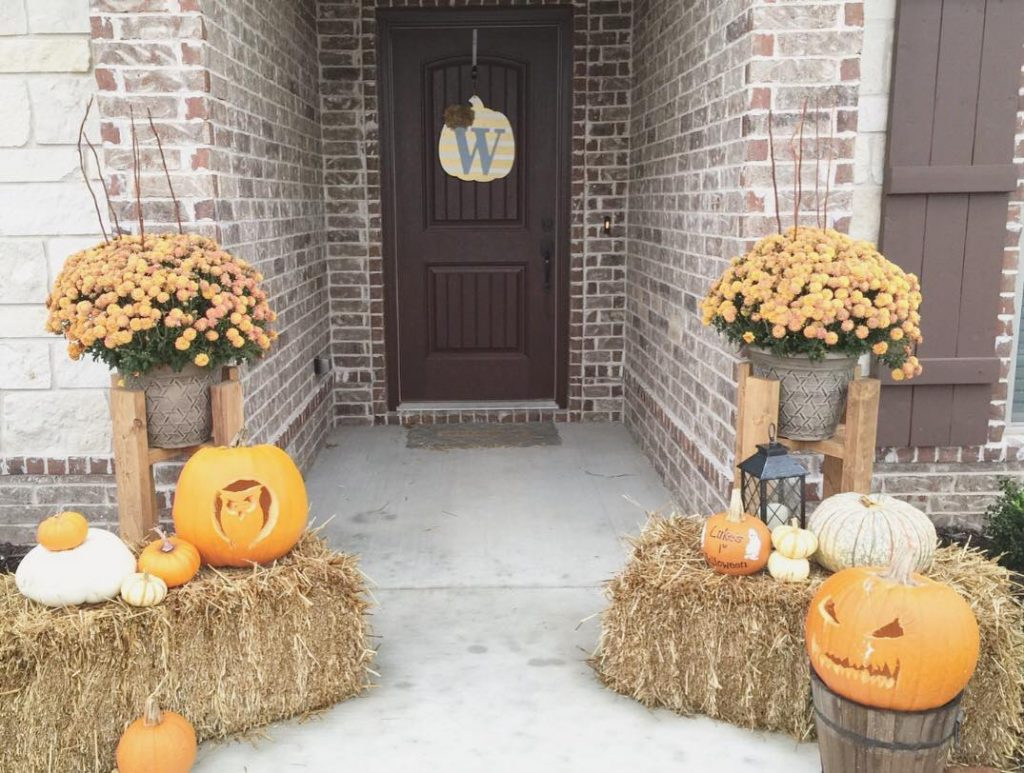 80+ Creative Fall Decoration Ideas With Pumpkins You Will Totally Love (4)