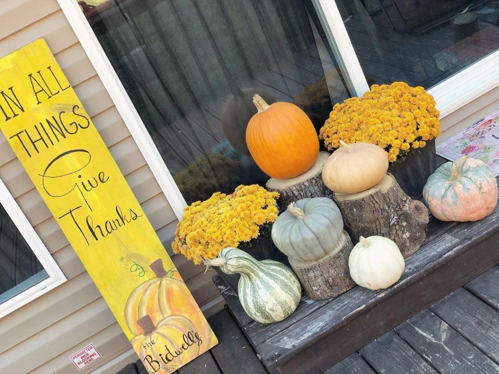 80+ Creative Fall Decoration Ideas With Pumpkins You Will Totally Love (42)