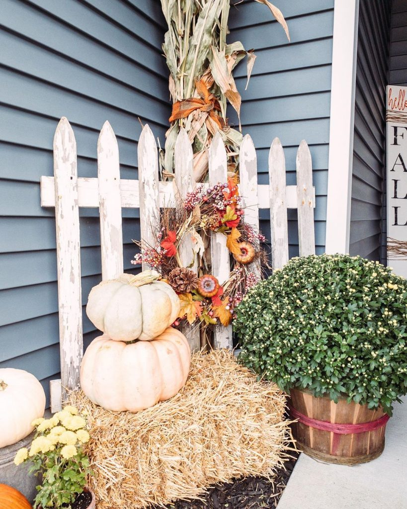 80+ Creative Fall Decoration Ideas With Pumpkins You Will Totally Love (64)