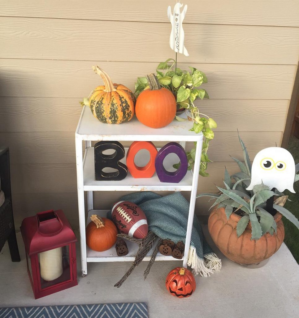 80+ Creative Fall Decoration Ideas With Pumpkins You Will Totally Love (8)