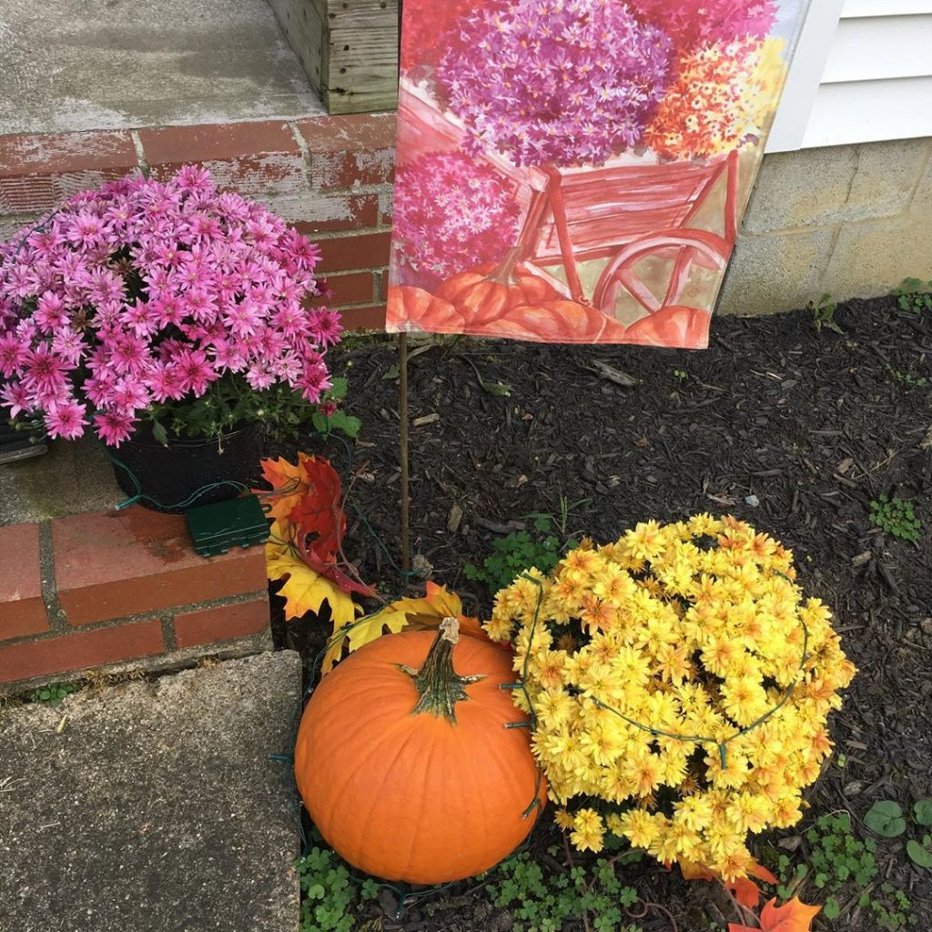 80+ Creative Fall Decoration Ideas With Pumpkins You Will Totally Love (81)
