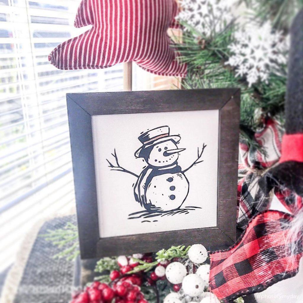 100 Cozy Farmhouse Christmas Decor Ideas To Makes Your Home Feel Warm 11