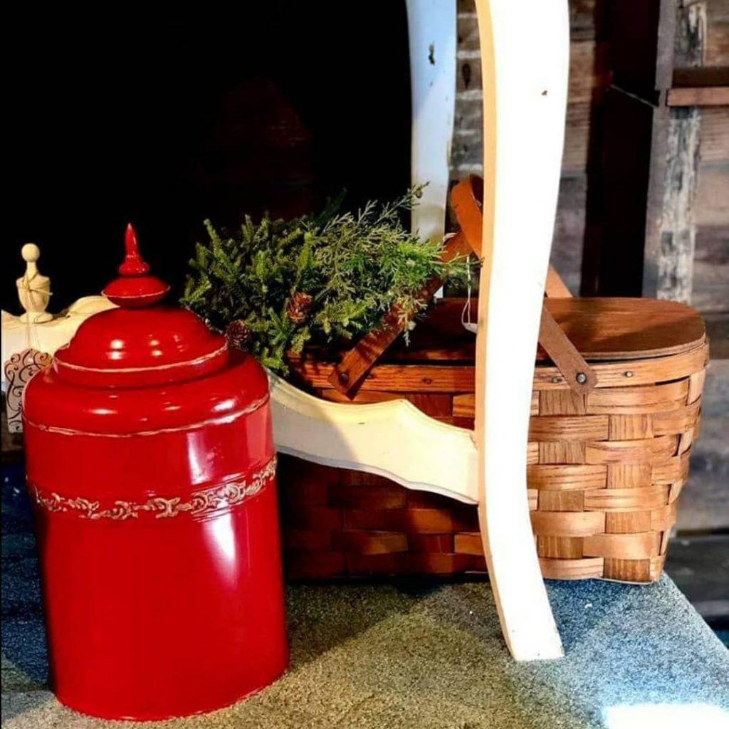 100 Cozy Farmhouse Christmas Decor Ideas To Makes Your Home Feel Warm 12