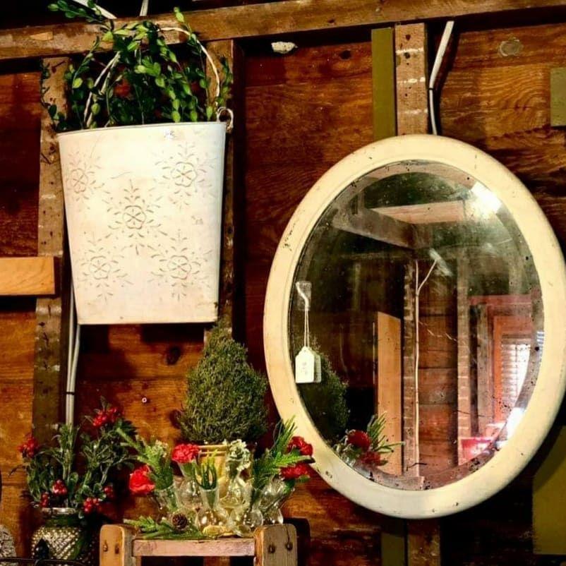 100 Cozy Farmhouse Christmas Decor Ideas To Makes Your Home Feel Warm 13