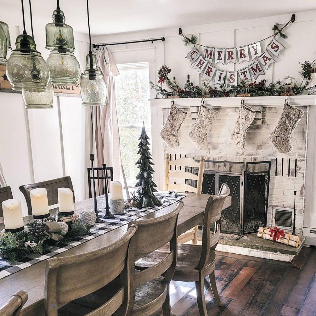 100 Cozy Farmhouse Christmas Decor Ideas To Makes Your Home Feel Warm 29