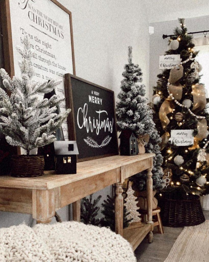 100 Cozy Farmhouse Christmas Decor Ideas To Makes Your Home Feel Warm 36