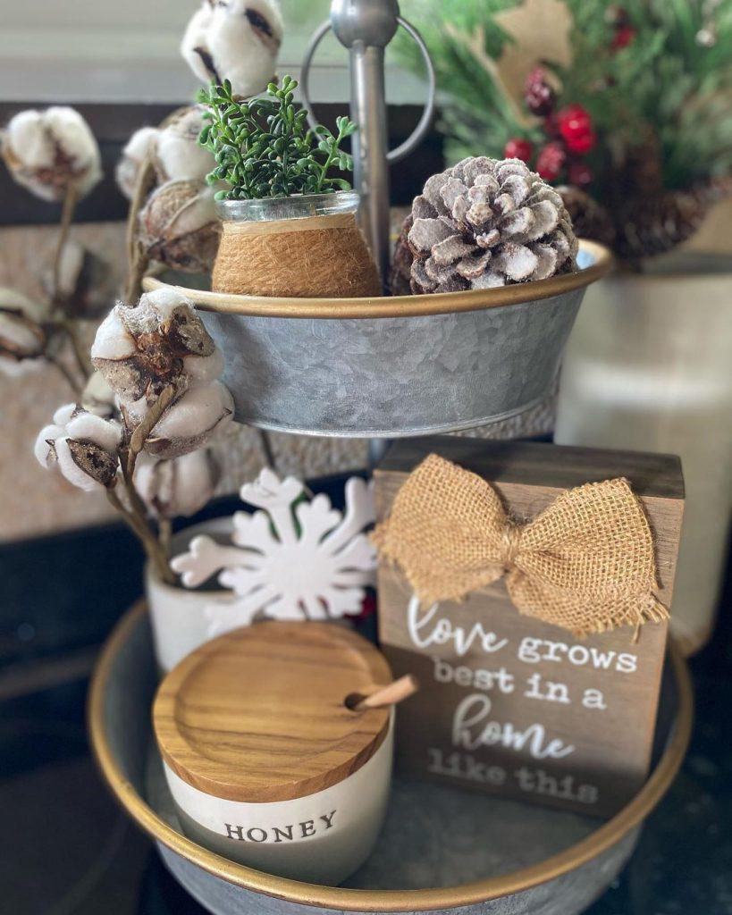 100 Cozy Farmhouse Christmas Decor Ideas To Makes Your Home Feel Warm 38
